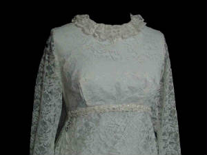 62agownsfbod.jpg Vintage wedding Gown front