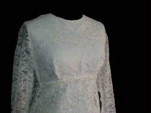 62gownsancola.jpg Vintage wedding gown front