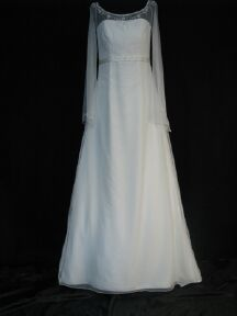 long sleeve casual bridal gown front 45gownf.jpg